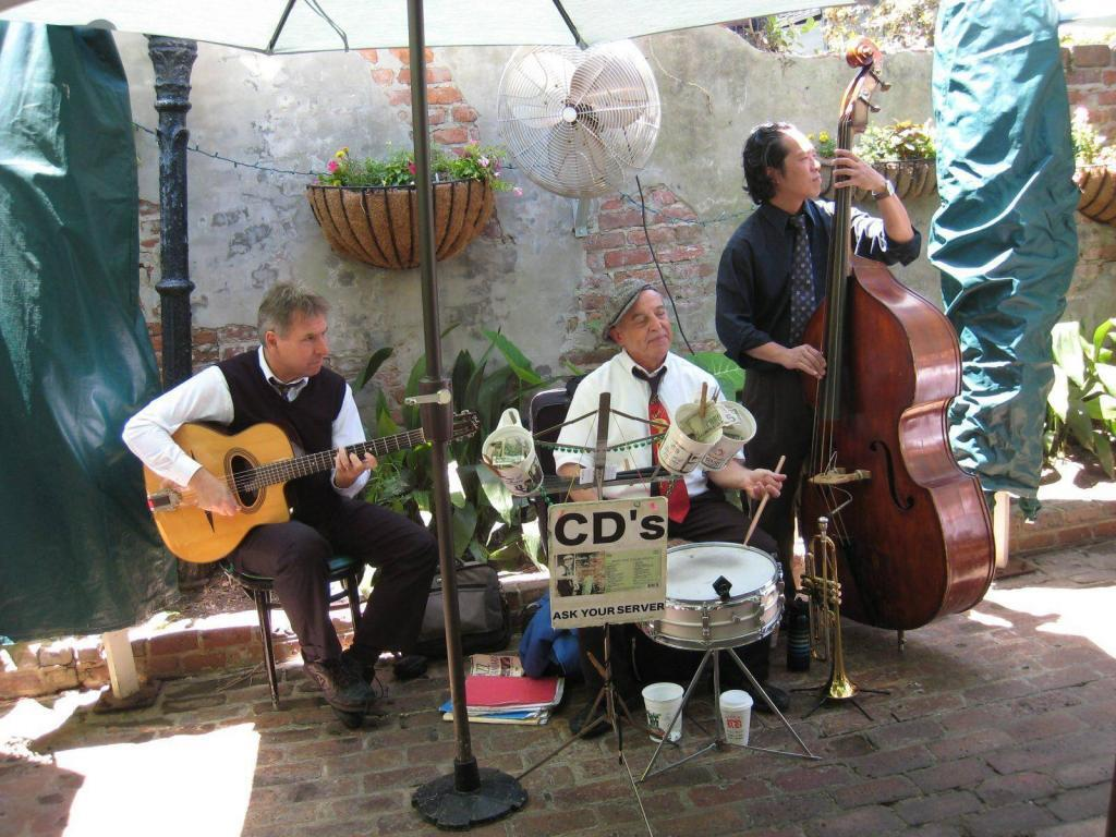 8 Hot Spots for Jazzy Dining in the French Quarter