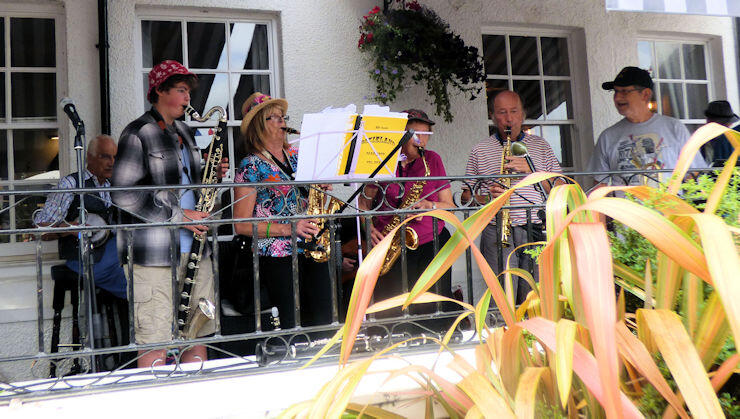 1stanfriends - From the 2019 Bude Jazz Festival